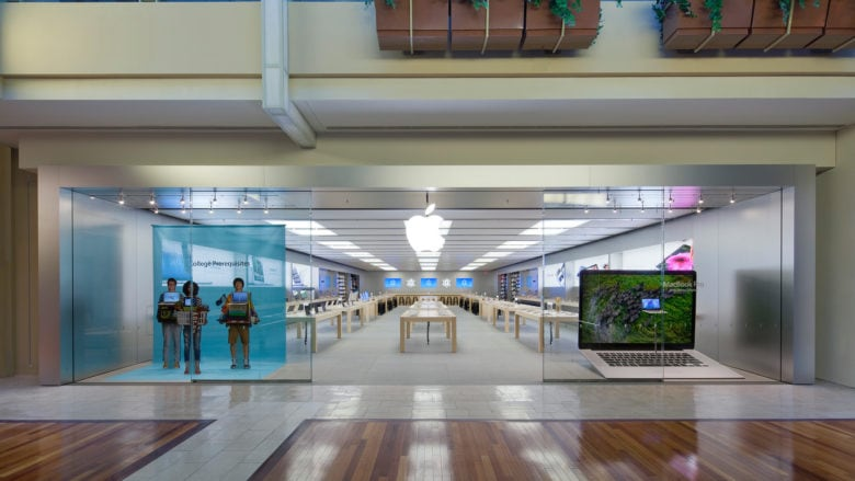 Tennessee police release surveillance tape of $9k Apple Store theft