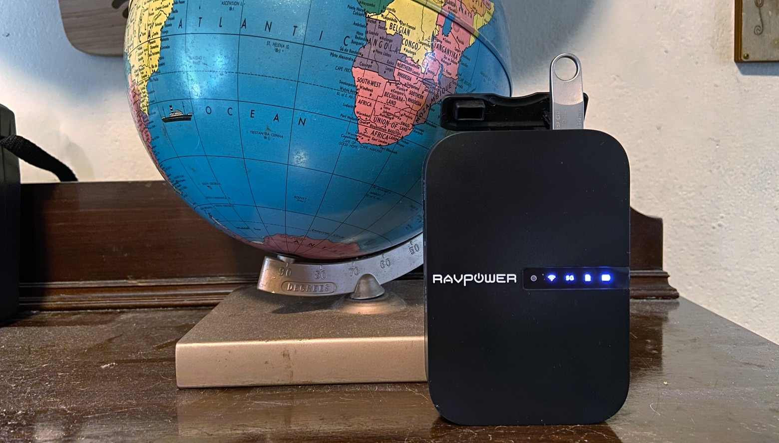 RAVpower FileHub Travel Router is also a hub.