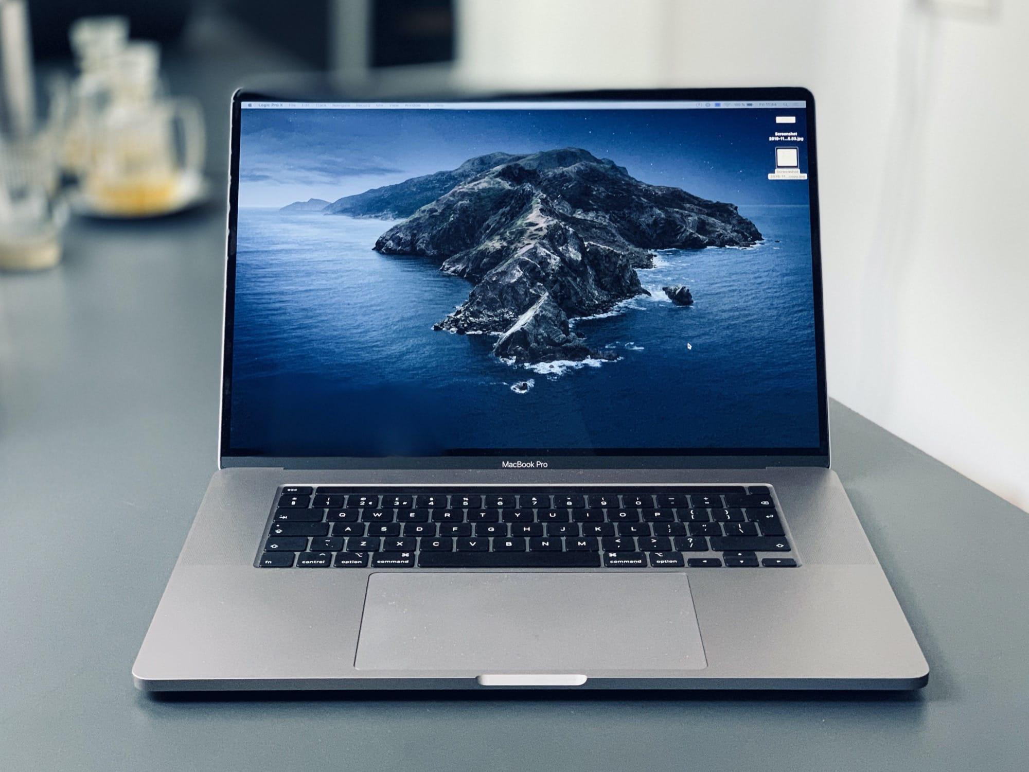The 2019 16-inch MacBook Pro is a good-looking machine.