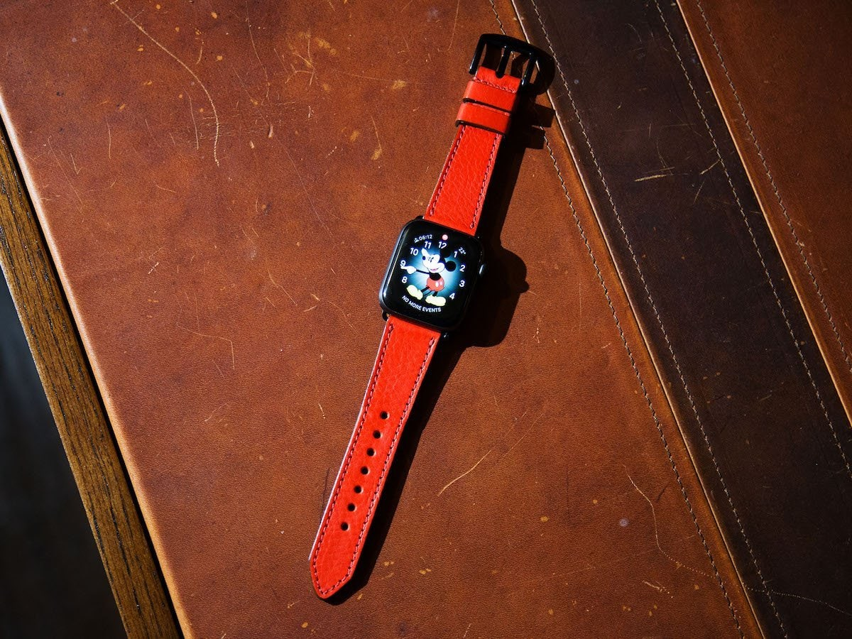 OleksynPrannyk-red-Apple-Watch