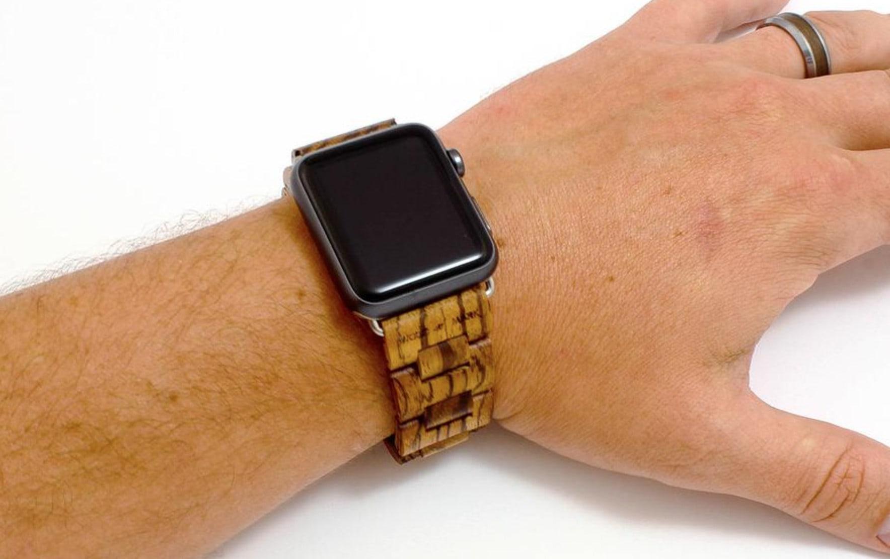 Wood-Mark-Apple-Watch-2