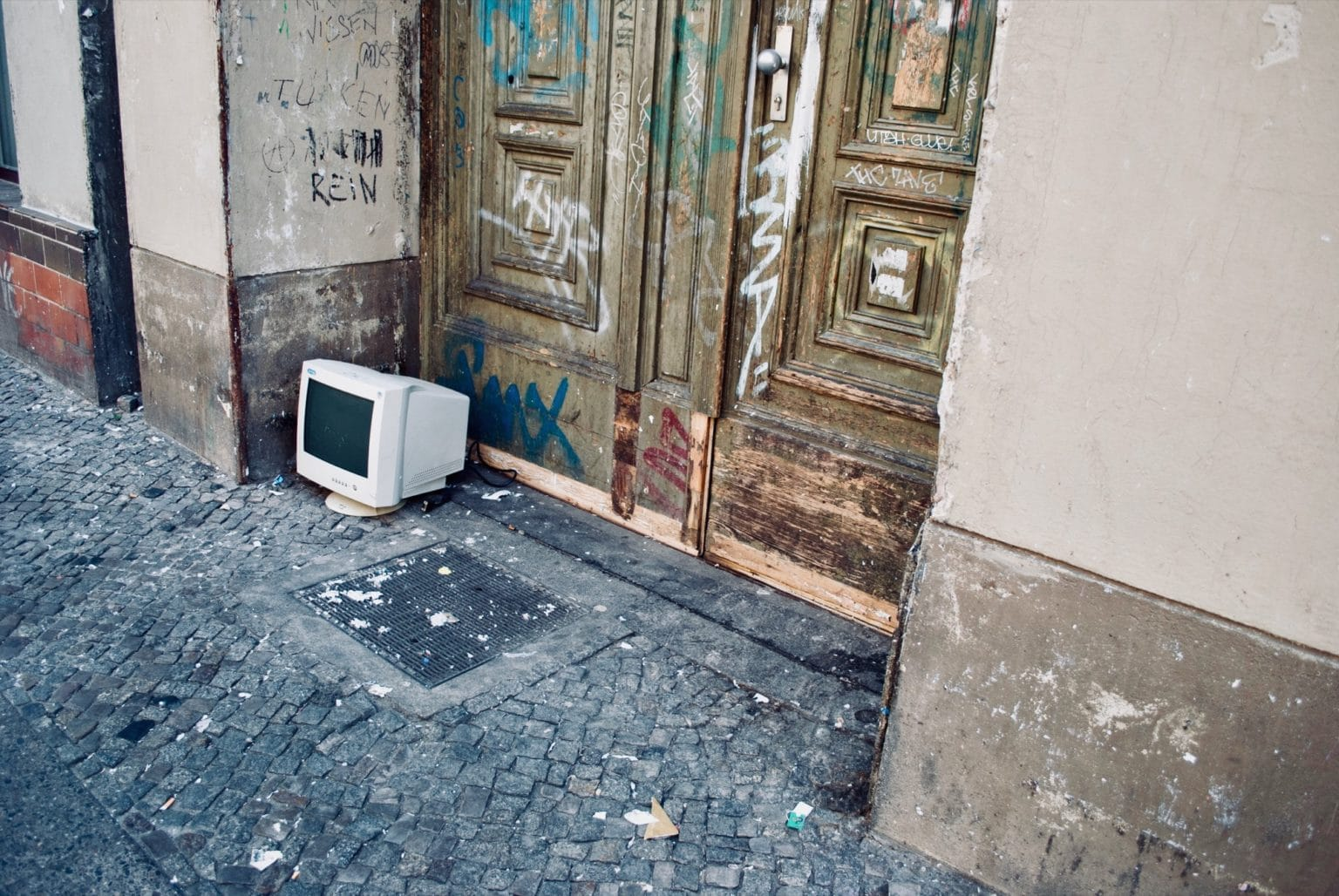 abandoned parents computers
