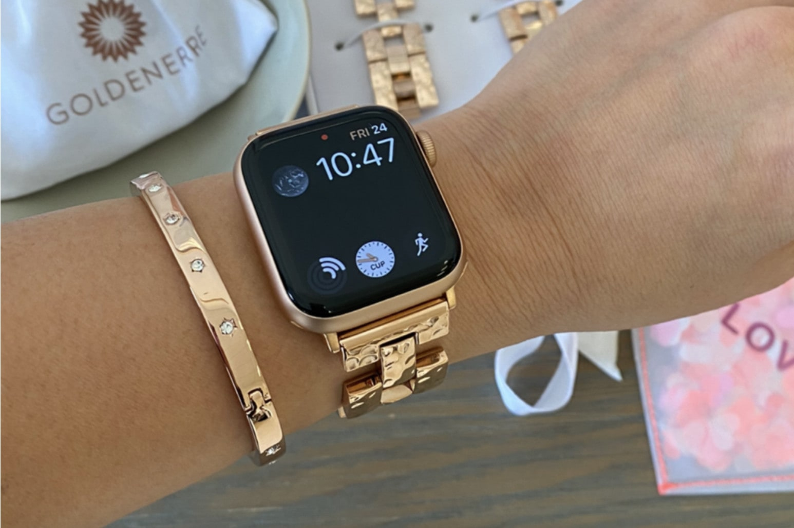 Goldenerre-Apple-Watch-bracelet-2