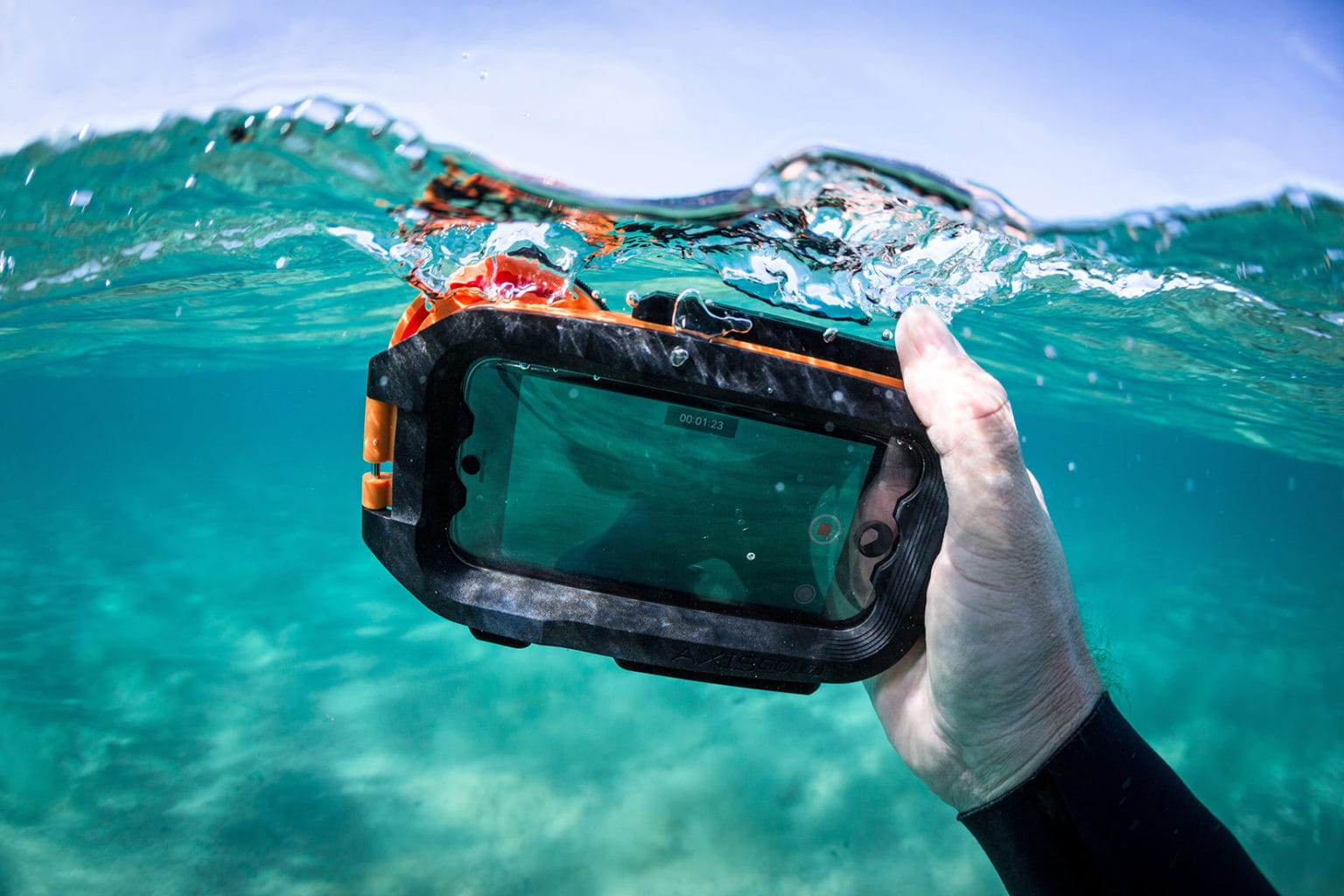 AquaTech AxisGo waterproof case