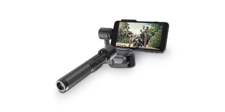 This iPhone gimbal will help you Get the perfect shot with automatic tracking and flexible shooting positions