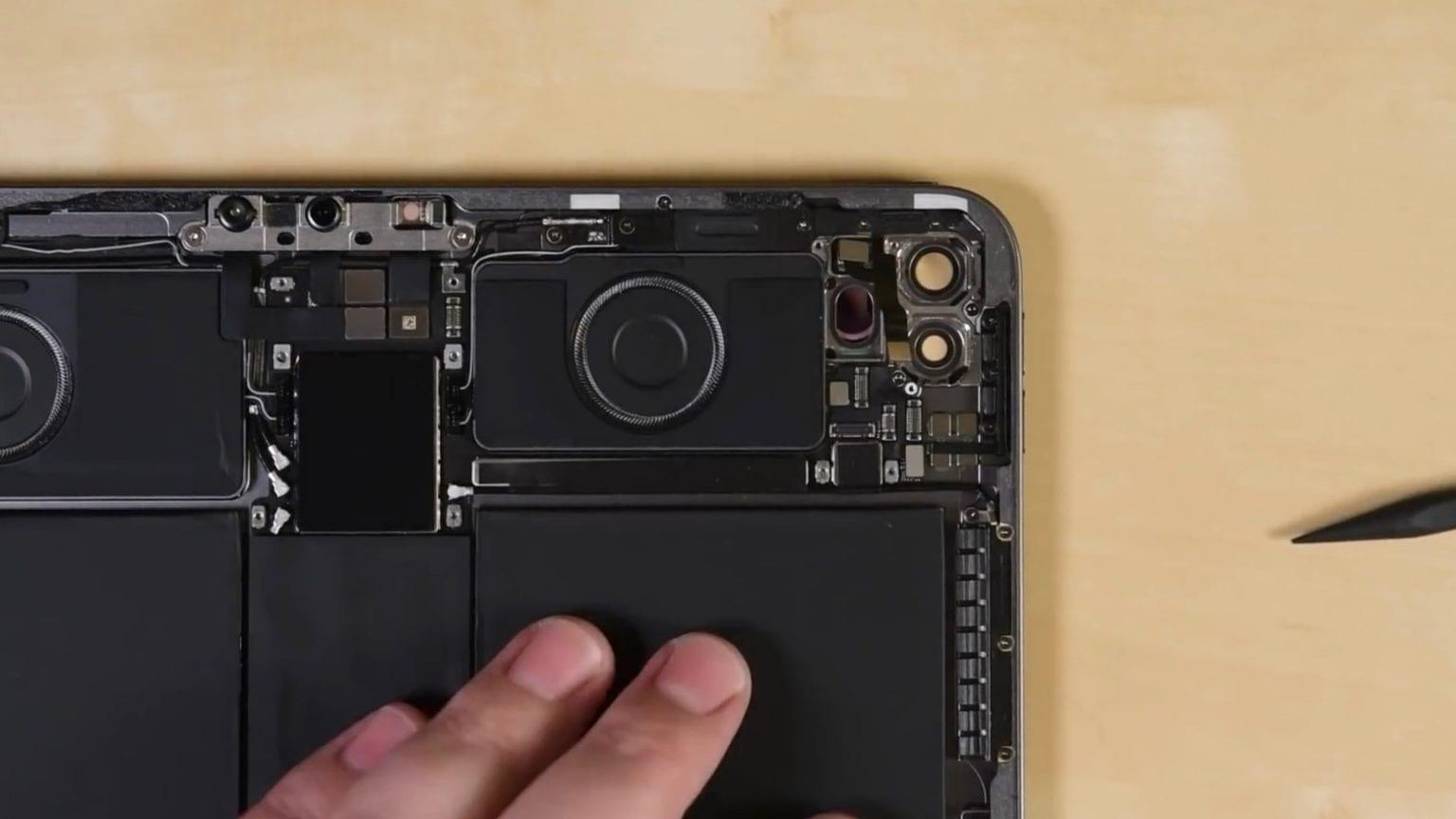 2020 iPad Pro has dual cameras and a LiDAR scanner.