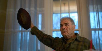 Robert Forster makes his last screen appearance in 'Dynoman and the Volt,' the third episode of Amazing Stories