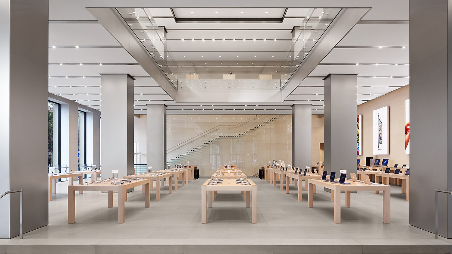 Apple.Retail.Barcelona.2