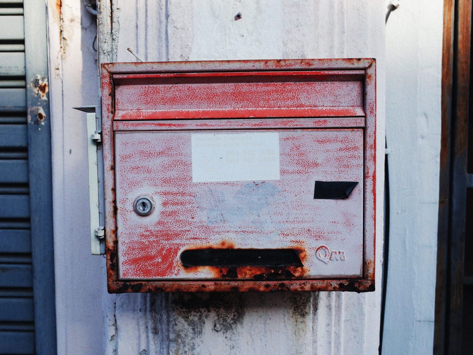 insecure mailbox