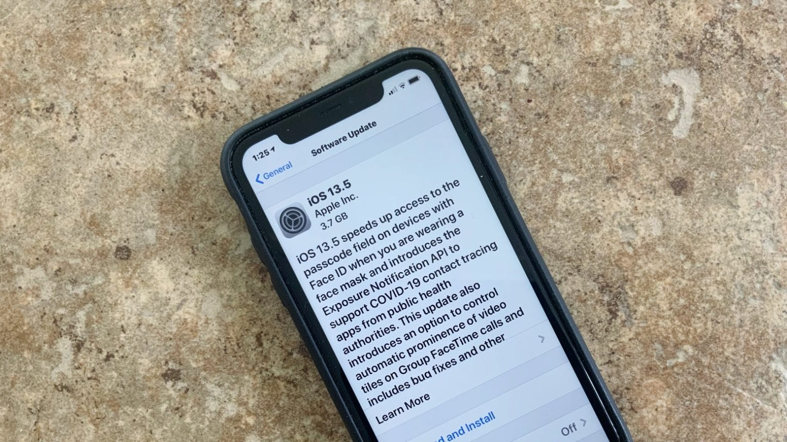 iOS 13.5 golden master is available only to developers.