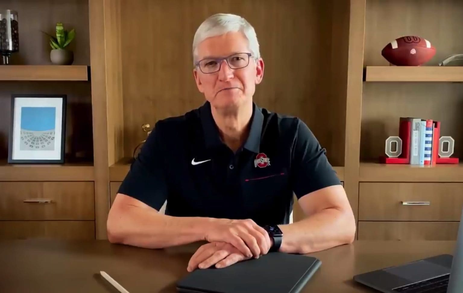 Tim Cook called for Ohio State University grads to embrace hope in a fearful time during his virtual commencement address.