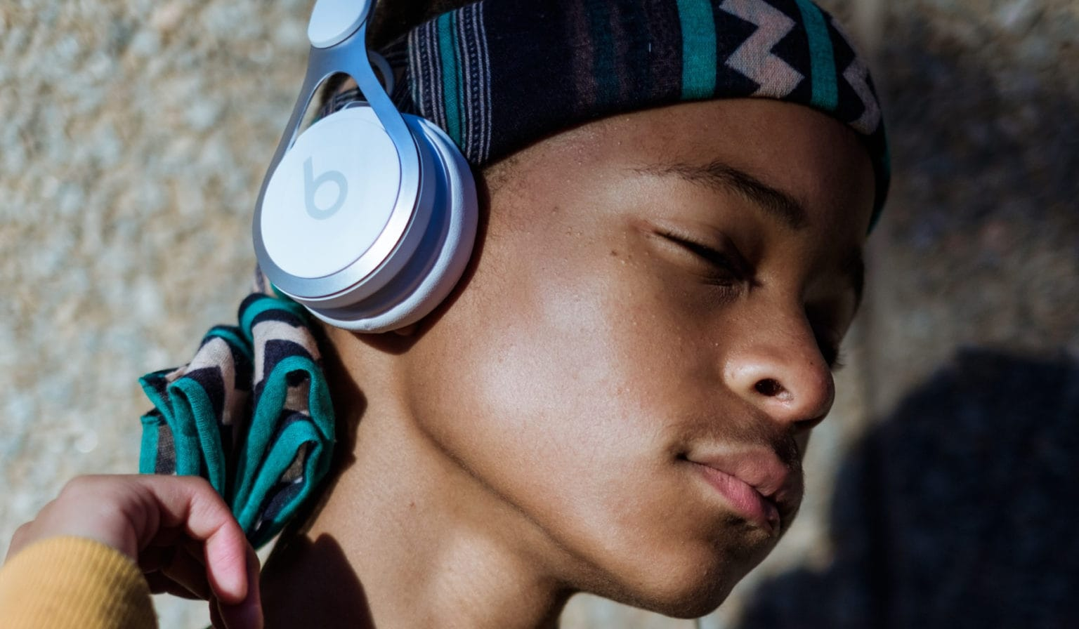 beats.over.ear