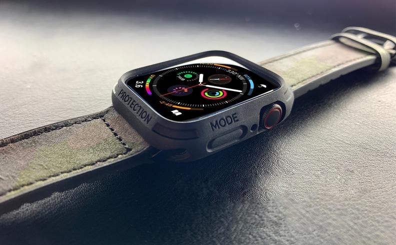 Band and bumper duo for Apple Watch