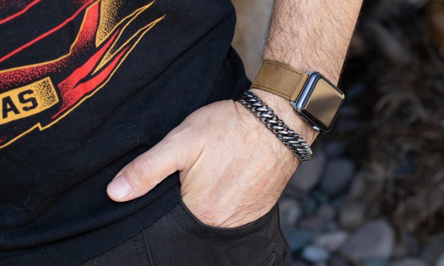 Carterjett bands for Apple Watch.