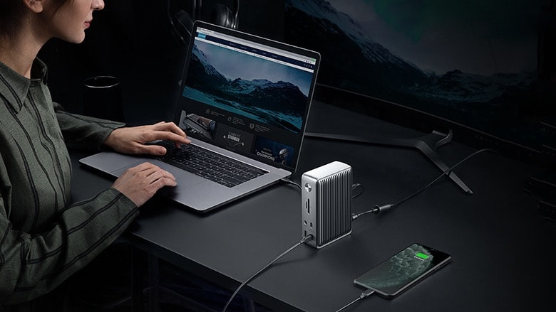 The Anker PowerExpand Elite connects to Macs over Thunderbolt 3.