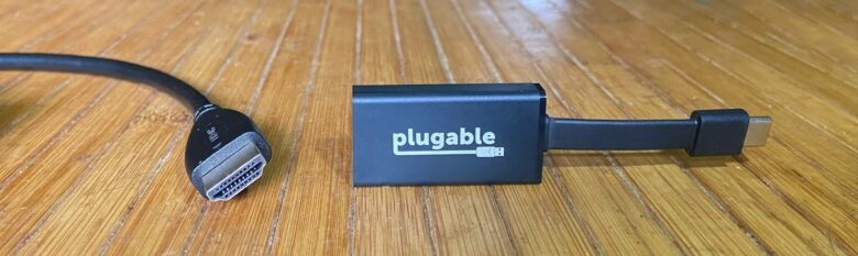 Plugable USB-C to HDMI Adapter doesn't require an additional software.