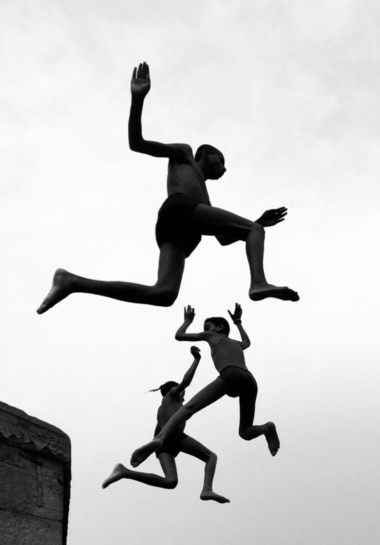 Dimpy Bhalotia's prize-winning photo, Flying Boys.