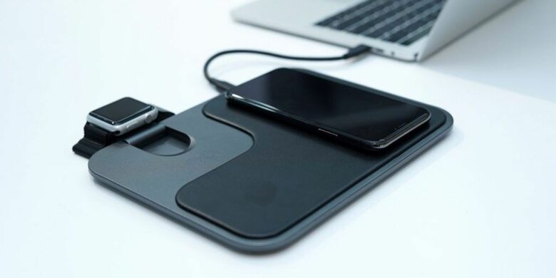 Moovy 3-in-1 Wireless Fast Charging Station