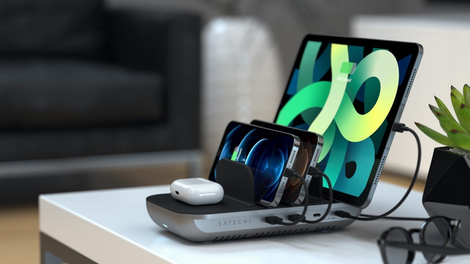 Satechi Dock5 Multi-Device Charging Station launched at CES 2021.