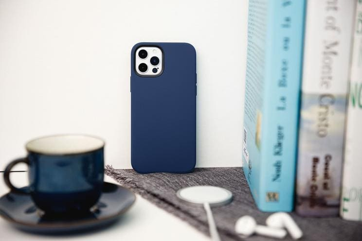 MagSafe case for iPhone 12