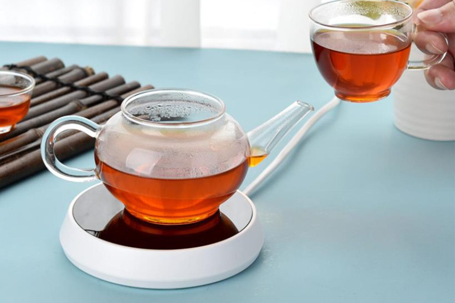 This electric mug warmer uses smart technology to keep your beverage of choice at the perfect temperature.