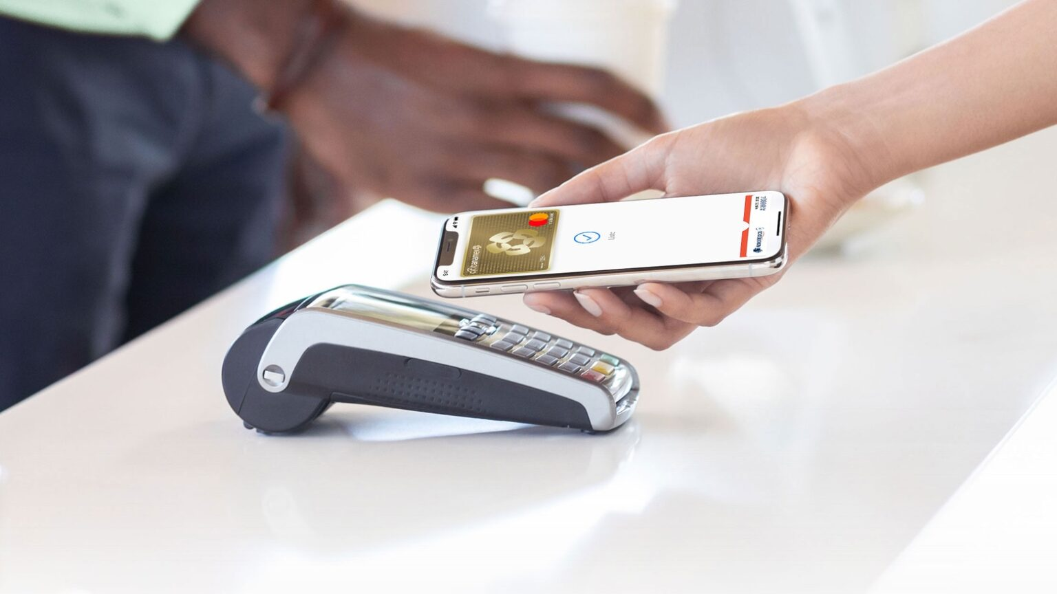 Apple Pay heads south of the border, down Mexico way