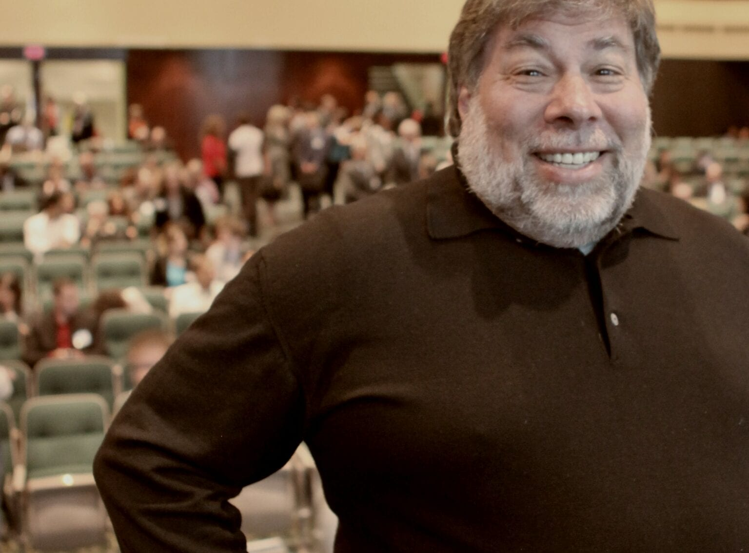 A lack of respect for the Apple II leads to Steve Wozniak's departure from the company he founded.