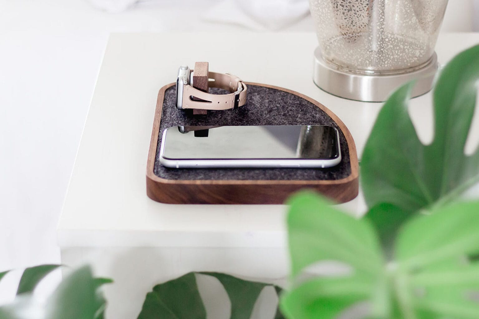 These wireless charging docks will keep all of your devices powered up