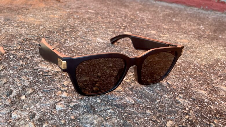Flows Bandwidth Bluetooth audio sunglasses look good.
