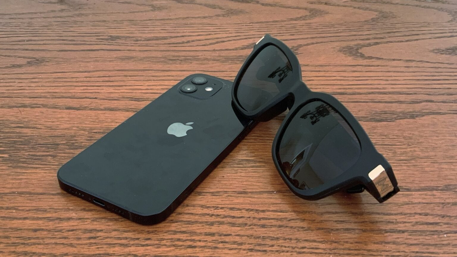Flows Bandwidth Bluetooth audio sunglasses review