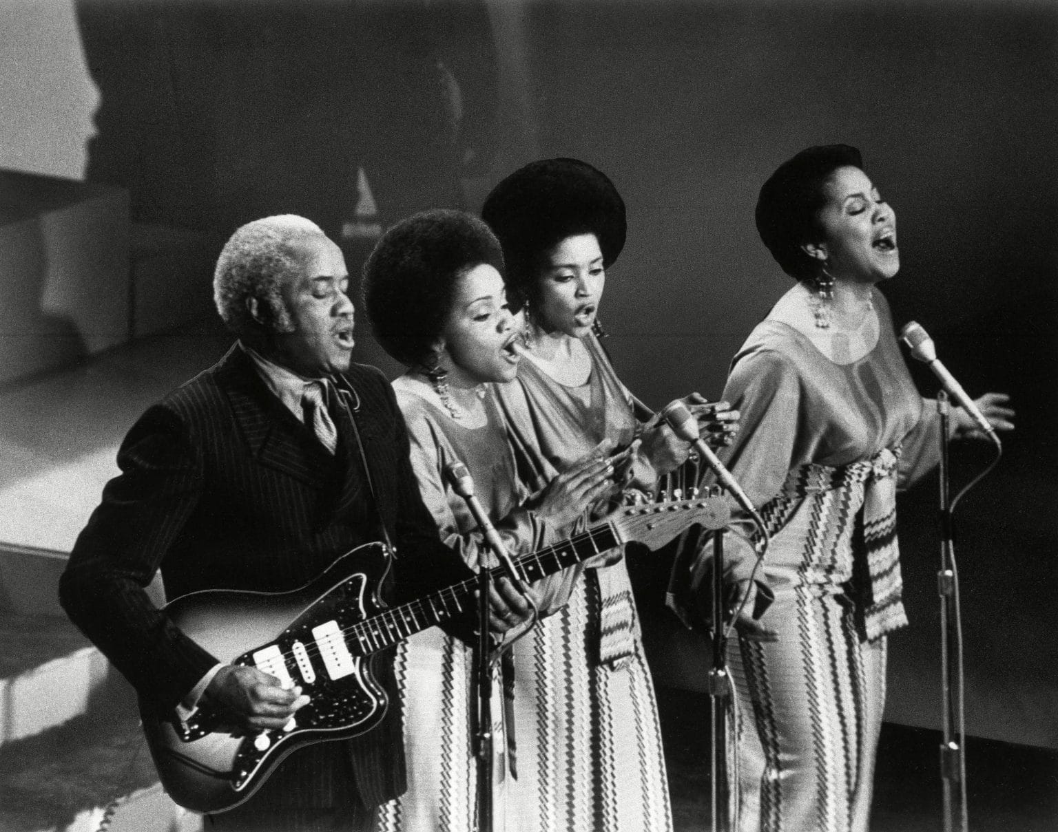 The Staples Singers in 1971: The Year That Music Changed Everything