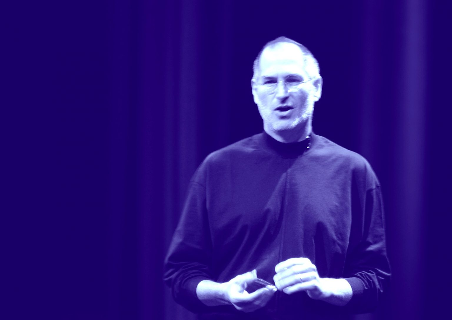Steve Jobs only turned off his phone while hanging out with Apple design chief Jony Ive.