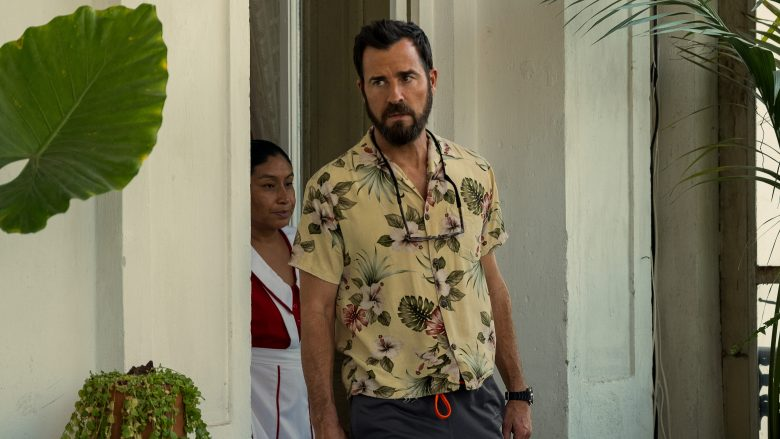 Allie Fox (played by Justin Theroux) comes a bit undone this week.
