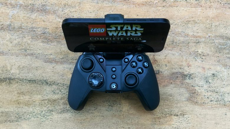 Clip an iPhone or Android into the GameSir G4 Pro for on-the-go gaming.
