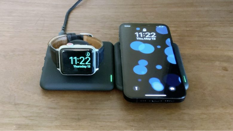 RapidX Modula5 charges iPhone and Apple Watch.