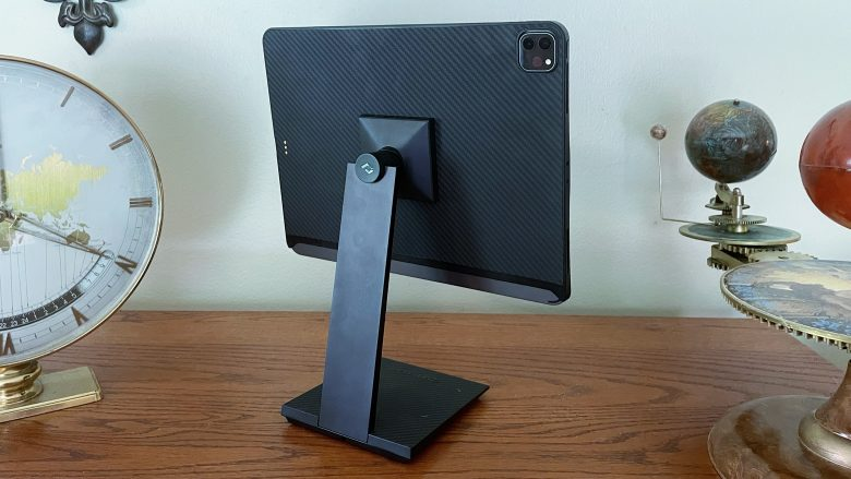 Pitaka MagEZ Stand for Tablets looks like a work of art.