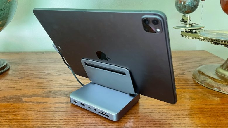 Satechi Aluminum Stand & Hub for iPad Pro from the back