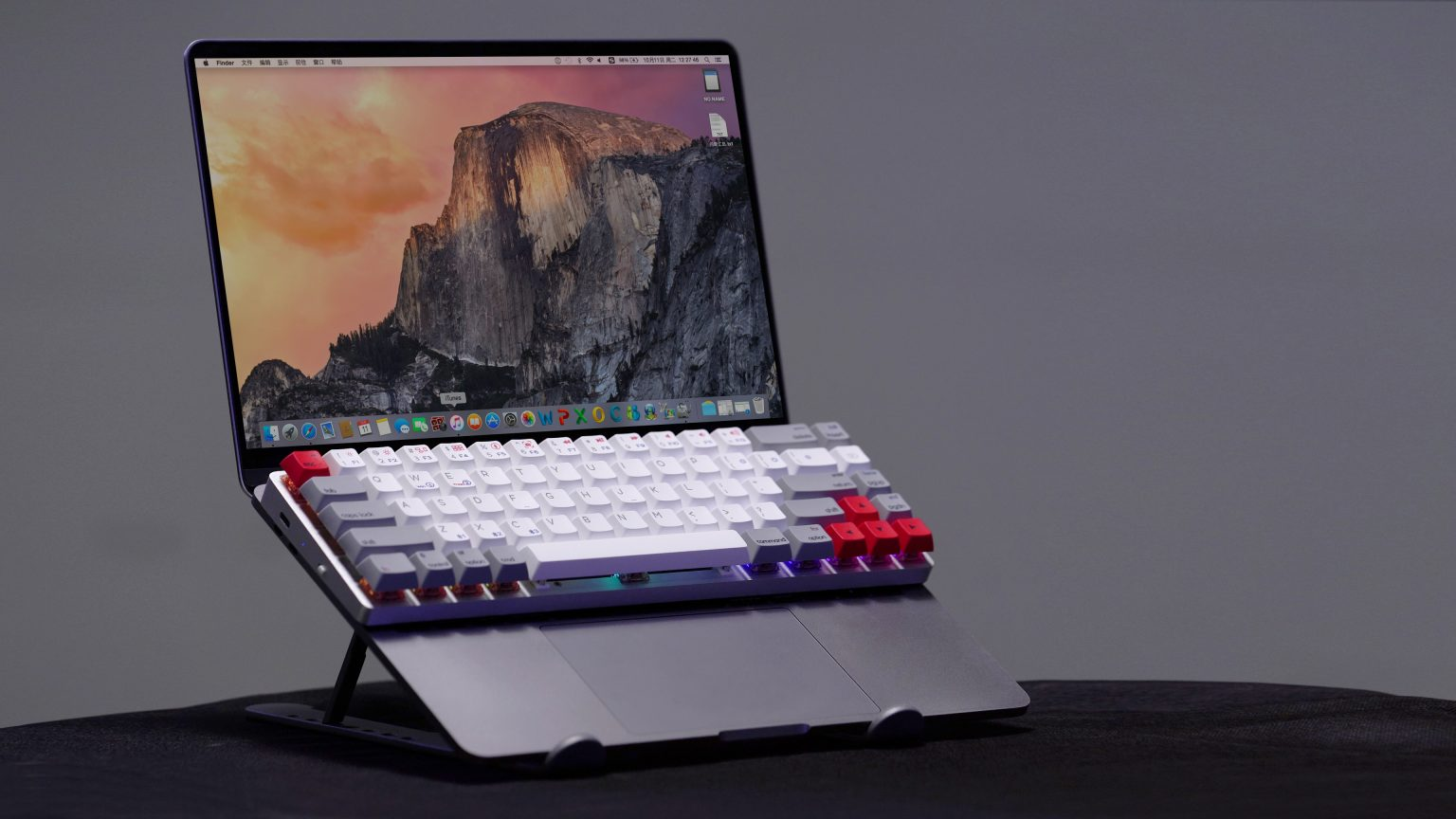 You can place the Epomaker NT68 right on your Apple laptop.