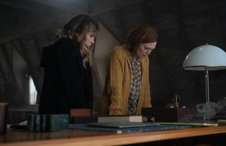 Jennifer Jason Leigh, left, and Julianne Moore ponder something heavy in <em>Lisey's Story</em>.