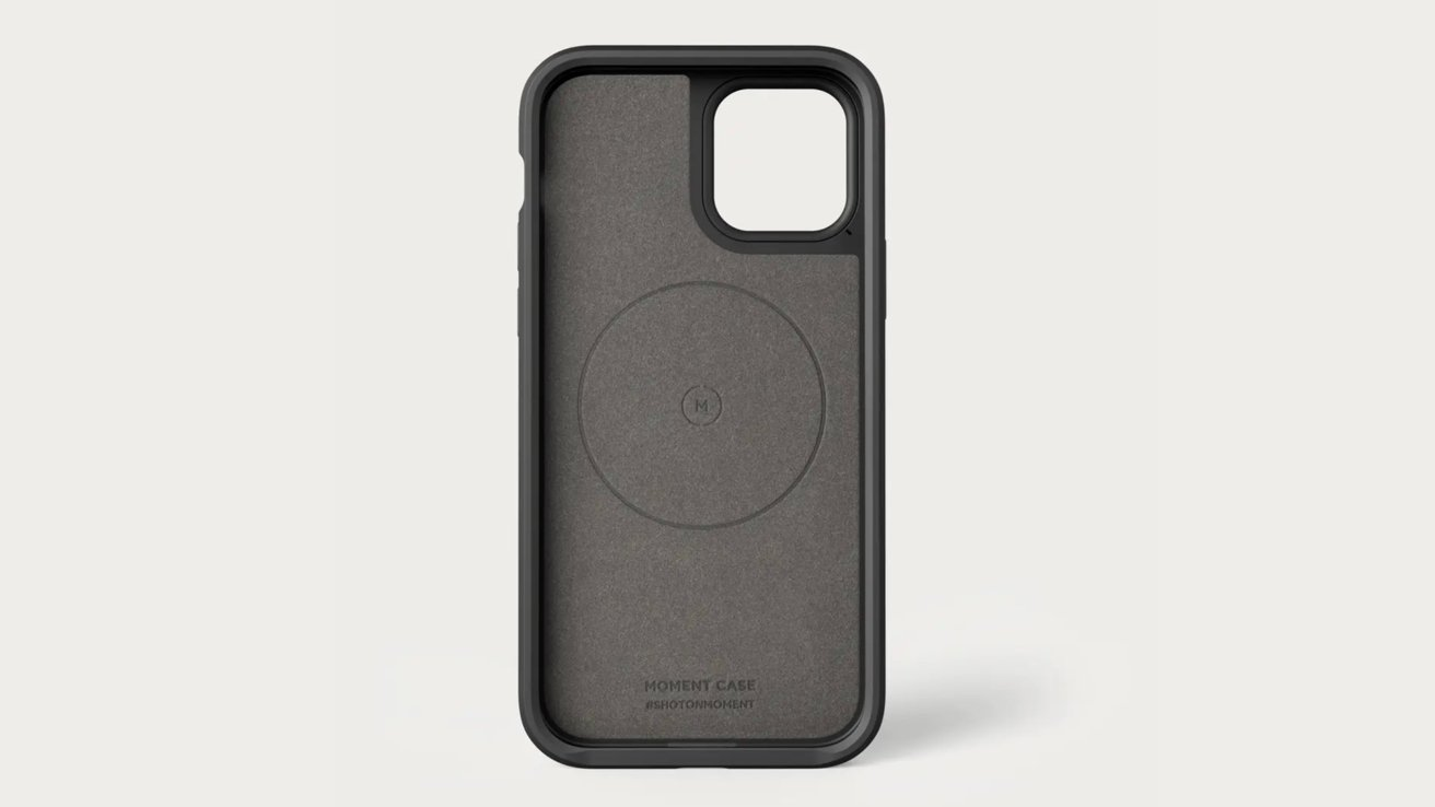 Moment M(Force) cases offer MagSafe support for the iPhone 11 series.