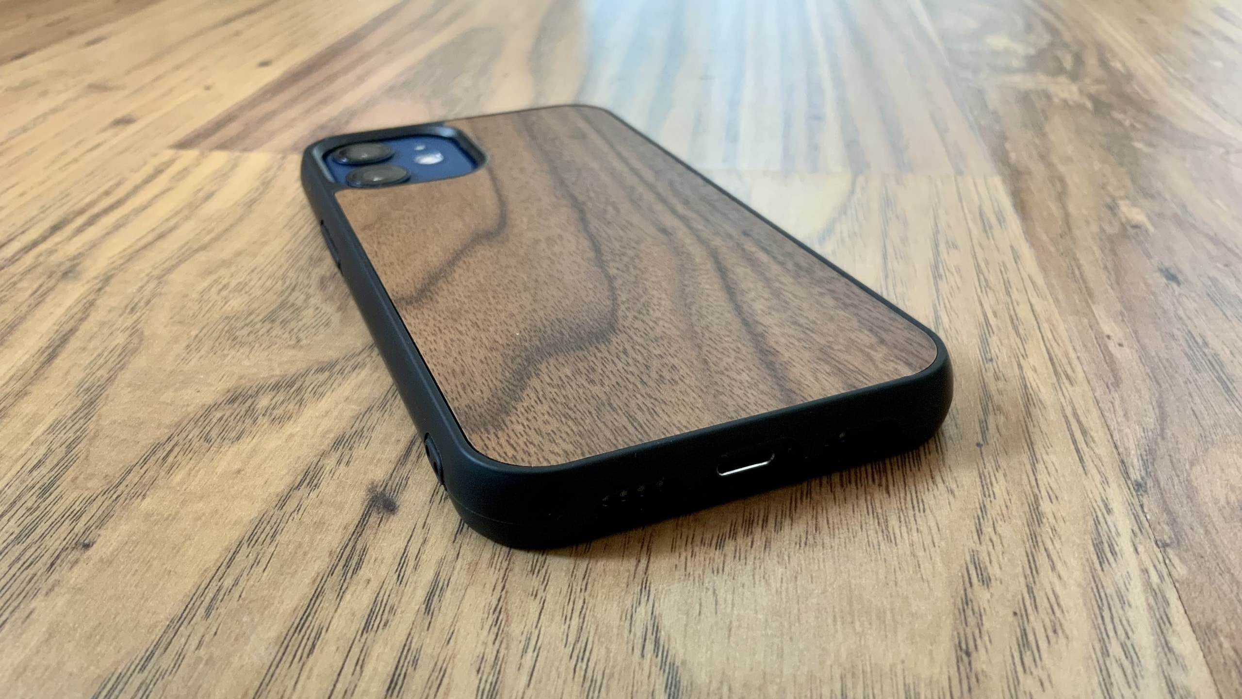 Wooden Bumper for iPhone 12 review
