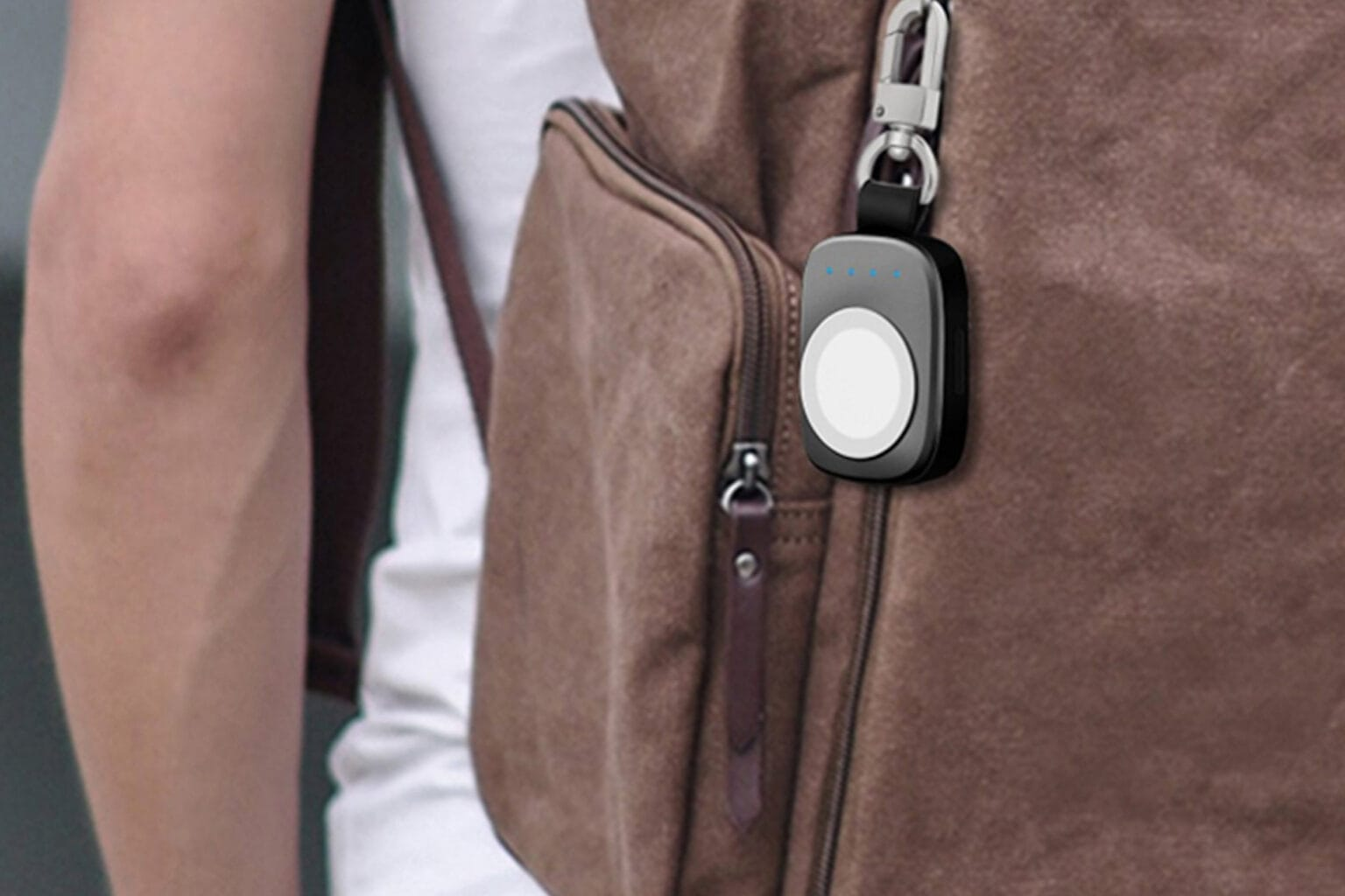 This keychain powers up your apple watch.