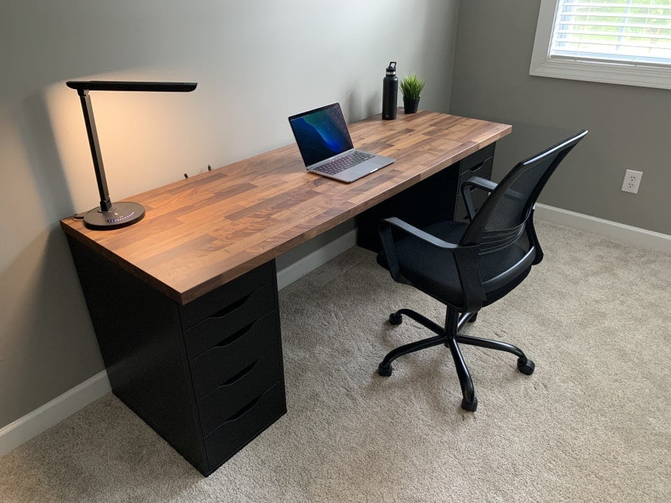 Would you say this setup is minimalistic, or something else?