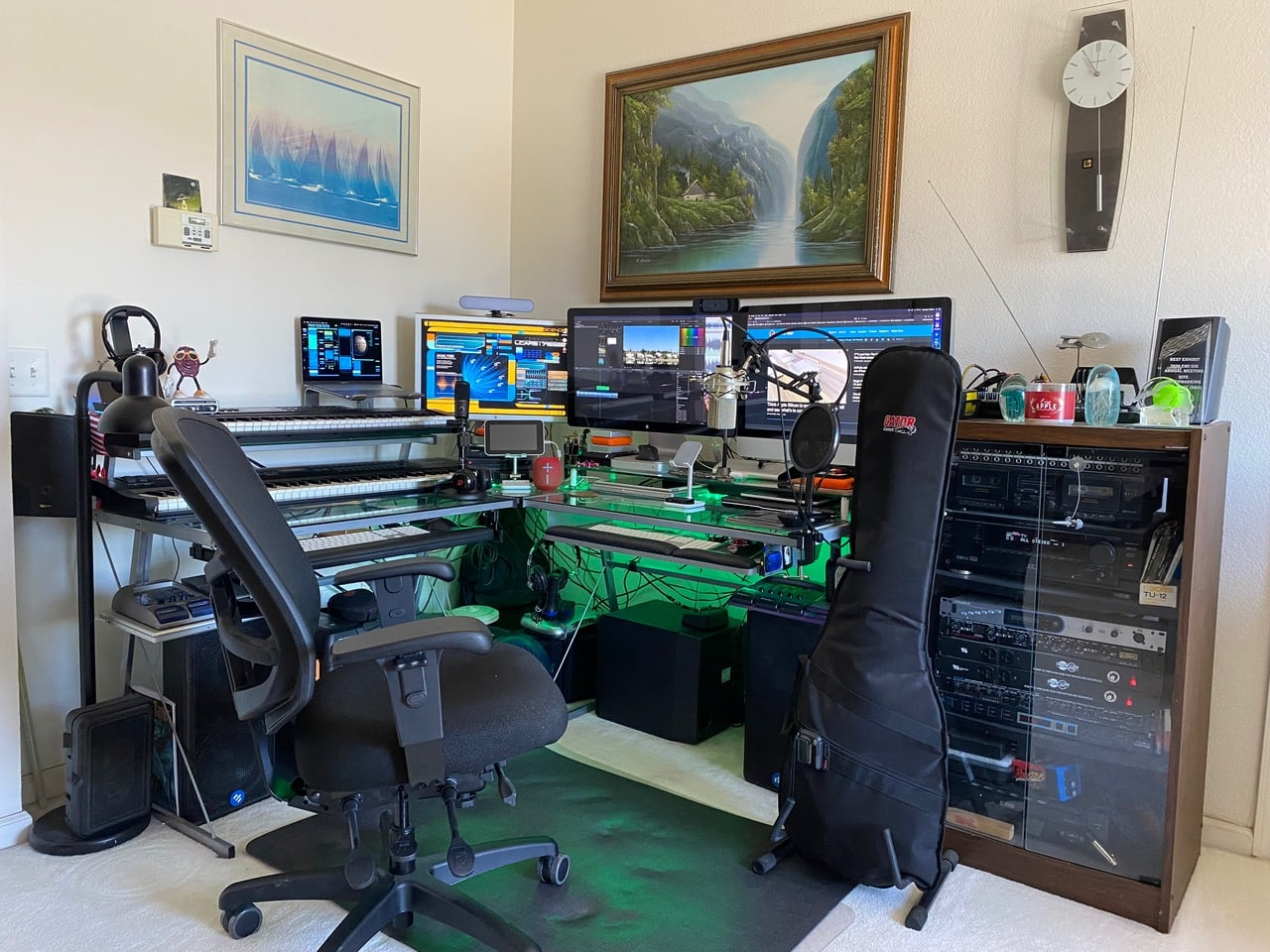 Thad K's setup features 69 different pieces of gear.