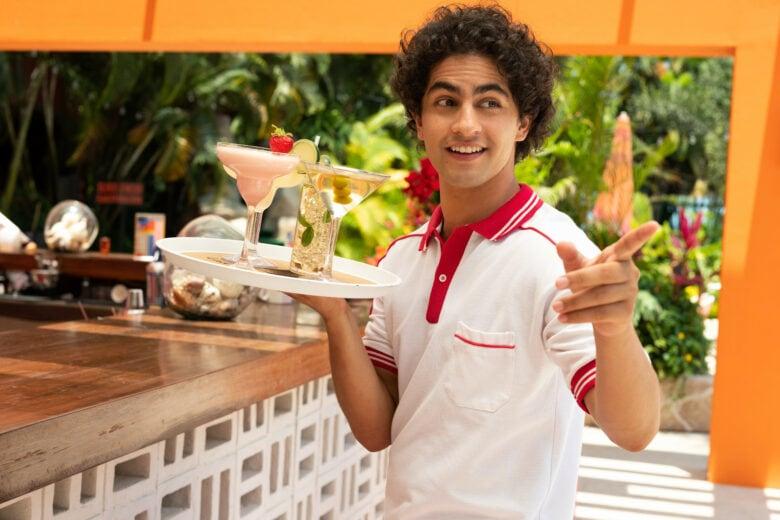Acapulco review: Enrique Arrizon plays a young Maximo working as a cabana boy.
