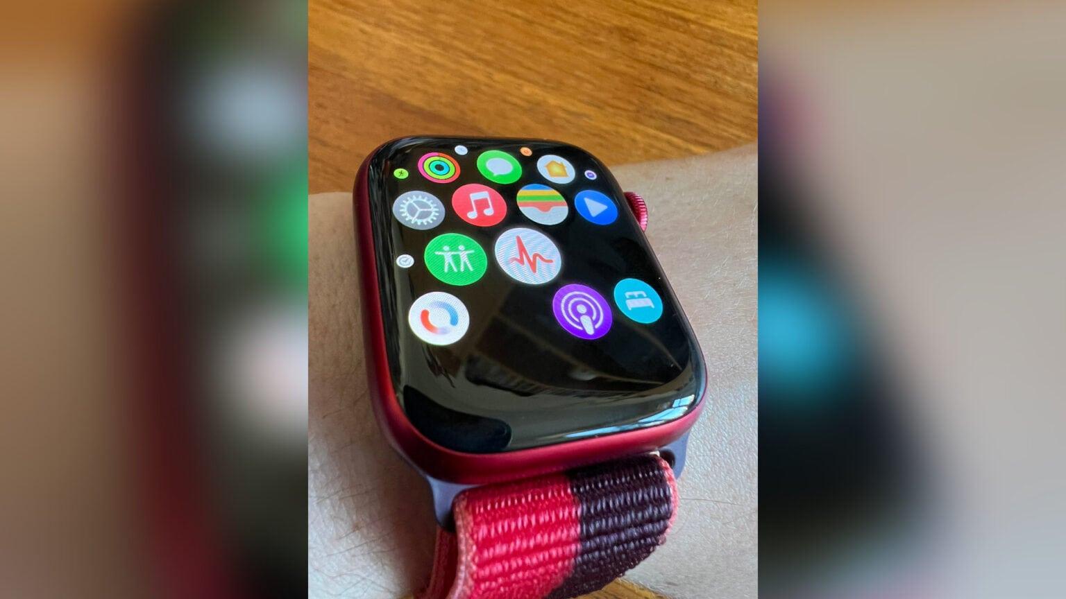 Apple Watch 7 app glitches