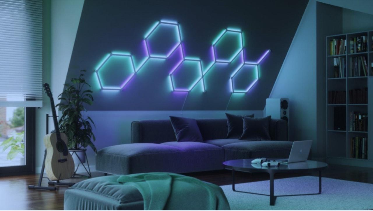 Nanoleaf Lines smart lights can form various shapes.