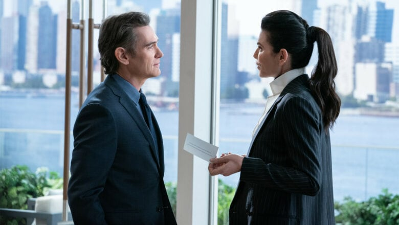 The Morning Show review: Cory (played by Billy Crudup) and Laura (Julianna Margulies) scheme and plot!